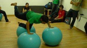Pablo Scorza demostrando equilibrio postural y fuerza