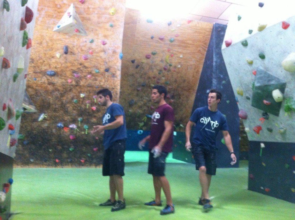 Sergio Pastor, Sergio Verdasco y Eric López visualizando en el simulacro de competición que se hizo el lunes pasado.