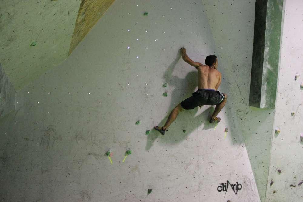 Durante la concentración de la selección española de escalada en The CLimb