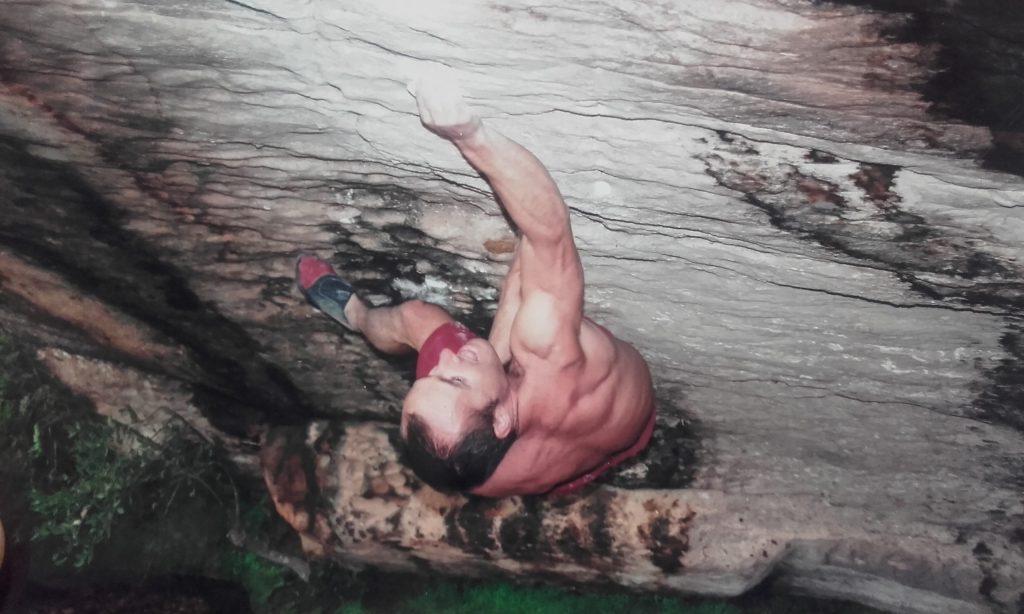 Entrevista a Israel Olcina, escalador pionero del Boulder español 1