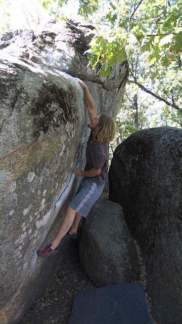 Entrevista a Héctor del Campo. Escalador pionero del boulder español. 8