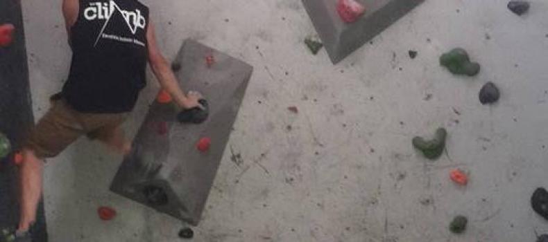 142 nuevos bloques en The Climb + 30 bloques en The Climb Kids + 13 Vïas + nuevas presas muros resistencia