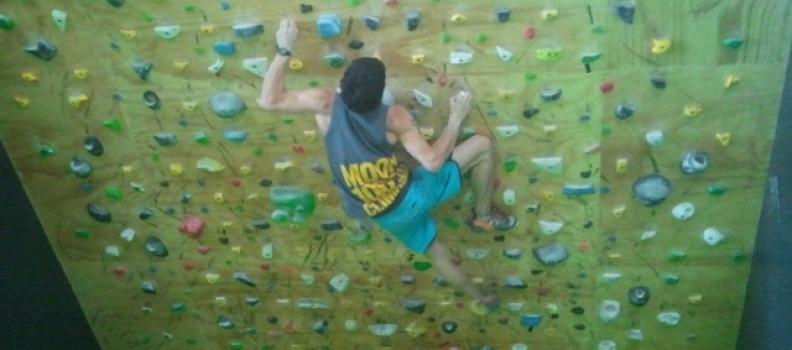 Moon Board, para entrenar los bloques más duros del mundo en tu sala The Climb