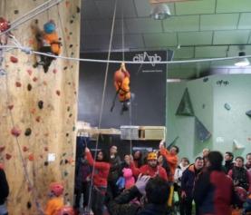 Liga Infantil Escalada 2015: Gran Comienzo en The Climb